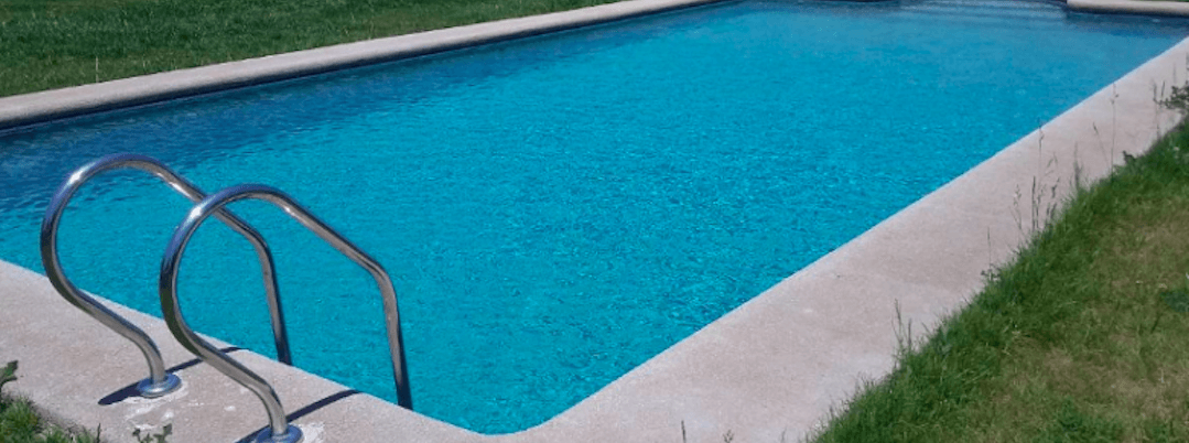 Muere el bebé ahogado al caerse a una piscina