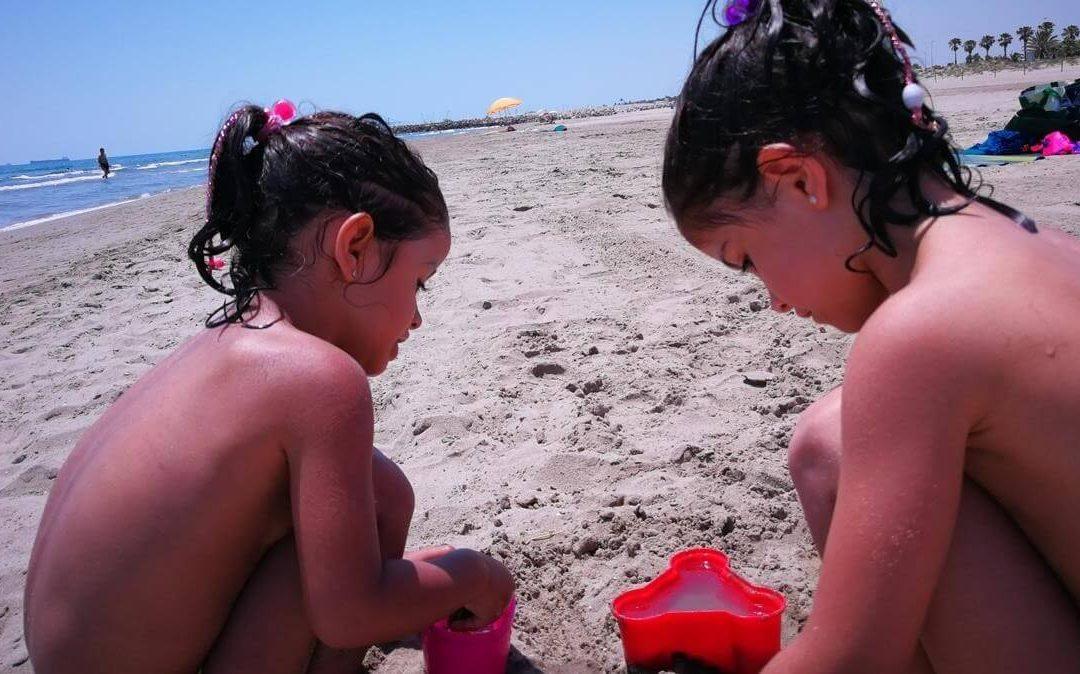El Periódico. Ahogamientos: despistes mortales en playas y piscinas