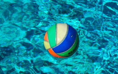 Niño de 3 años fallece ahogado en una piscina de plástico